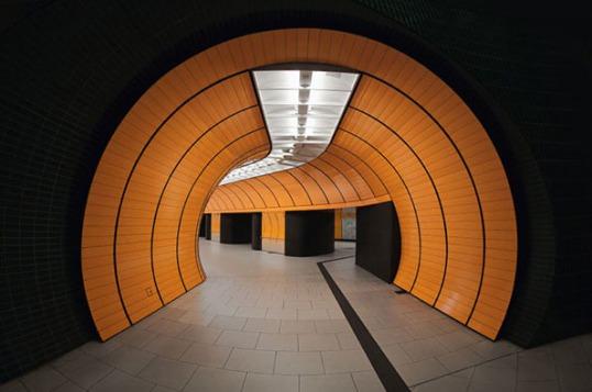 Nick Frank, Munich underground.